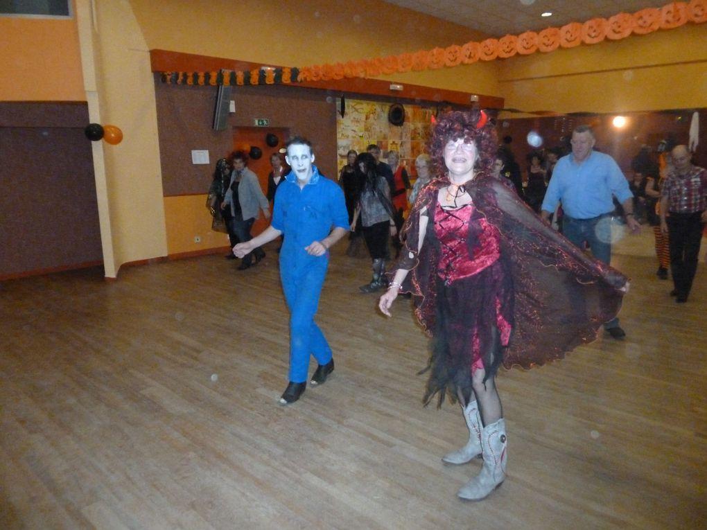 4ème bal déguisé sur le thème d'Halloween pour les happy boots 22 !
