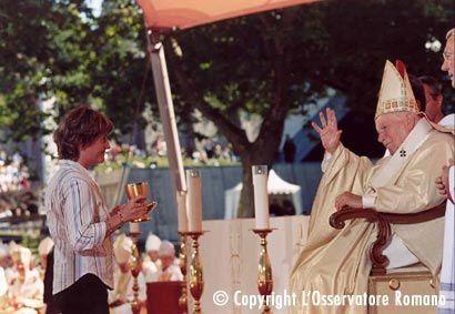 Voici quelques photos de la venue de Jean Paul II, à Lourdes le 14 et 15 août 2004 !