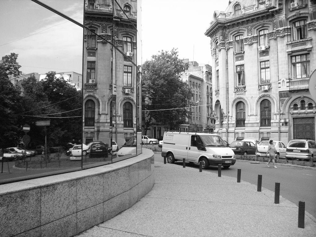 sélection de photos prises entre Bucarest, Iasi, Sighet, Cluj-Napoca & Timisoara. Prises entre 2005 et 2008.