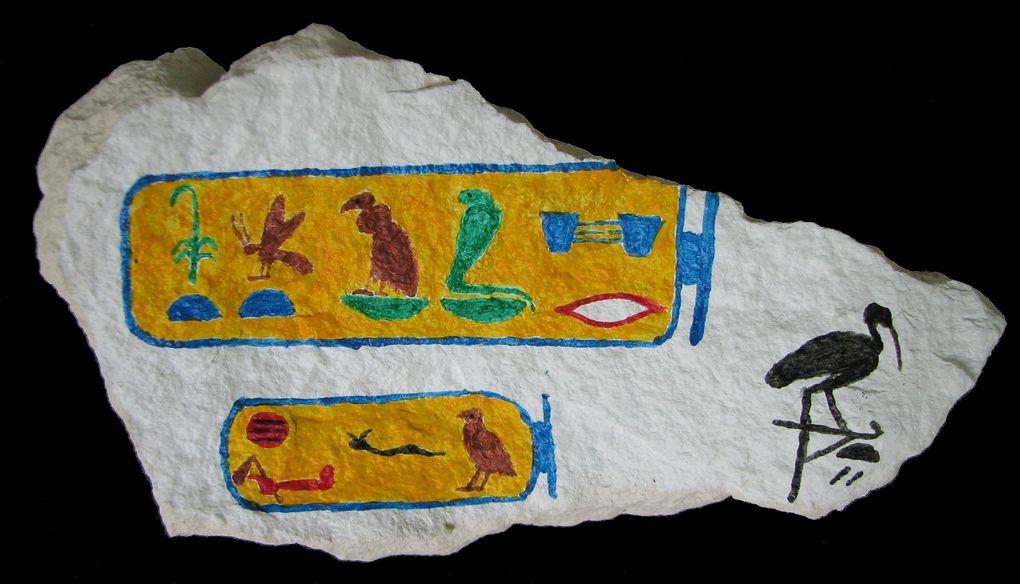 Peintures à l'acrylique sur pierre et sur toile