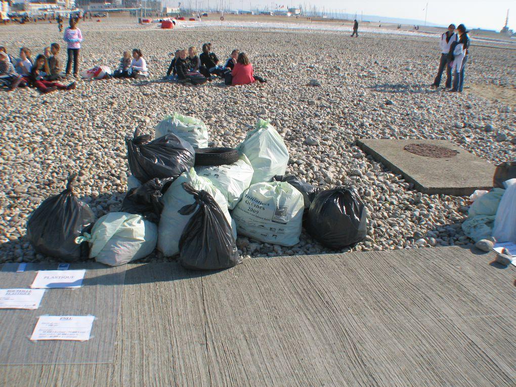 Le 20 et 22 Mars auront eu lieu les IO en Seine Maritime.Avec en projet pilote l'éducation auprés des scolaires et la découverte du littoral auprés du public...Ce n'est pas moin de 800 oersonnes qui se sont retrouvez pour mettre un coup de pr