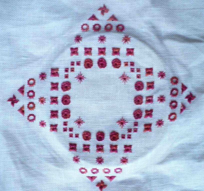 crystal tulip free Hohlalin 12 fils- anchor 1316 DMC 3685
