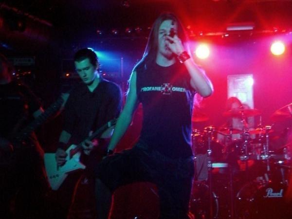 Concert du 23 octobre 2007 avec en première partie Drone et Amoral.
