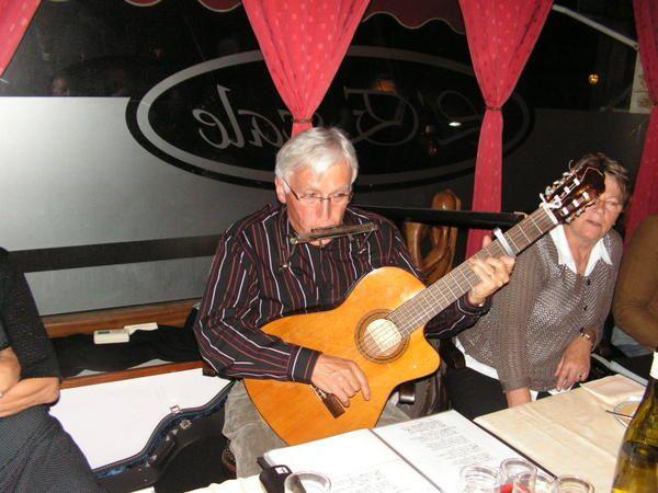 Repas du 18 octobre 2008 à Port-Louis.Très belle soirée...
