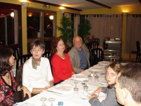 """Restaurant""""Le Bella vista""""le 25 octobre 2008.26 participants"""