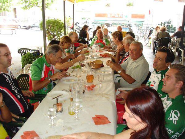 sortie du 18/09/2008,17 personnesObélix Goupil Cigogne Cigogneau Pattes rouge Le bourgeois NestléFéfé picsou Gilou fiat en vélo