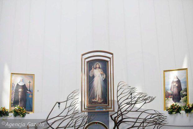 les photos de la béatification de notre Fondartice Mère Malgorzata Lucja Szewczyk à Lagiewniki en Pologne le 9.6.2013 et de l'action de grâce à Auschwitz, Halcnow et Poznan