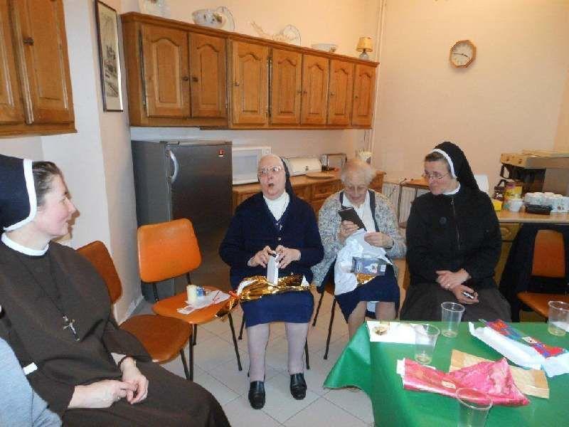 Les religieuses du doyenné Enghien-Montmorency se sont rencontrées chez les Sœurs Servîtes de Marie à Groslay pour un temps d'échange et d'amitié.