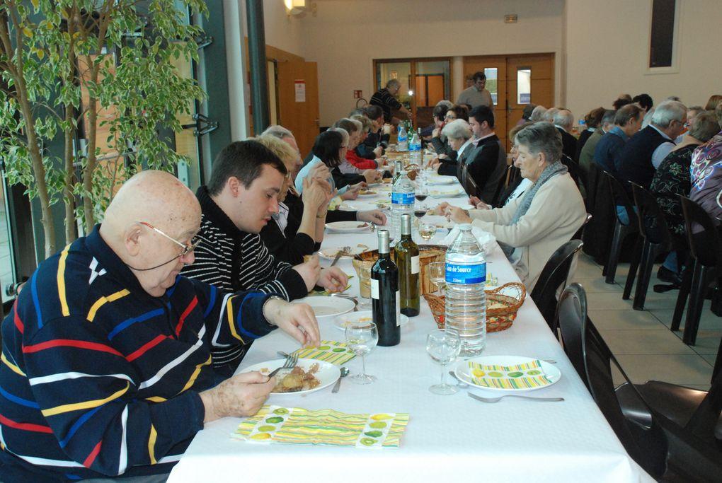 Photos - repas-paroissial-2012