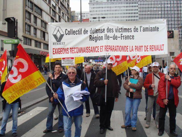 Photos prises lors de la manifestation à Paris appelée par l'Andeva, la Fnath et la CGT