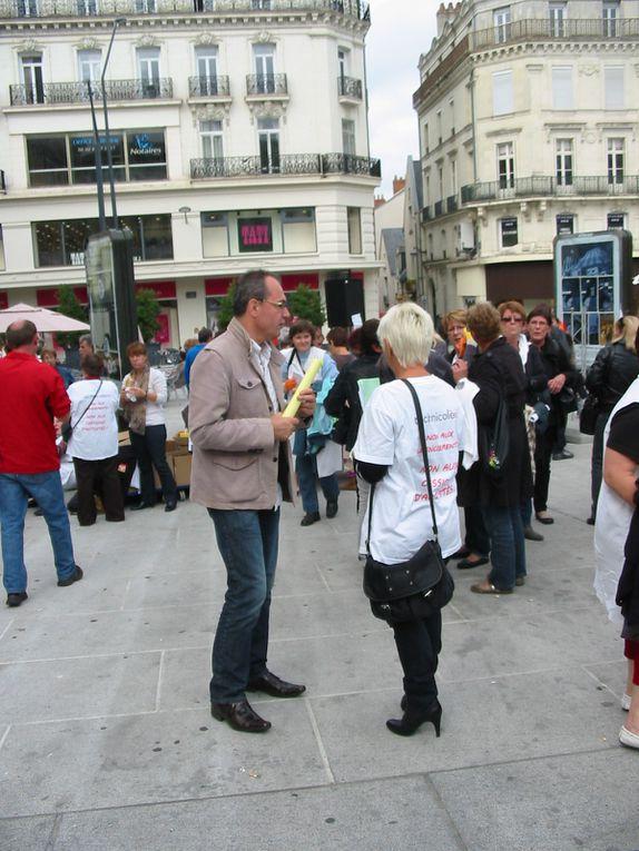 Le procès du tribunal de l'ignominie des Technicolors à Angers le 5 octobre 2012.