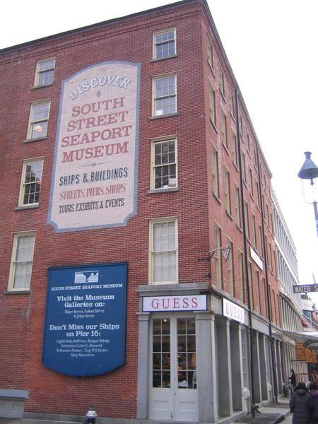 Petite visite touristique au Sud de Manhattan : Le Civic Center et Seaport.