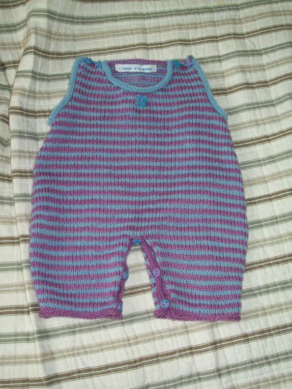 Comme je ne parle pas de tous mes tricots sur le blog, je vous les mets en photo dans cet album, juste pour le plaisir.