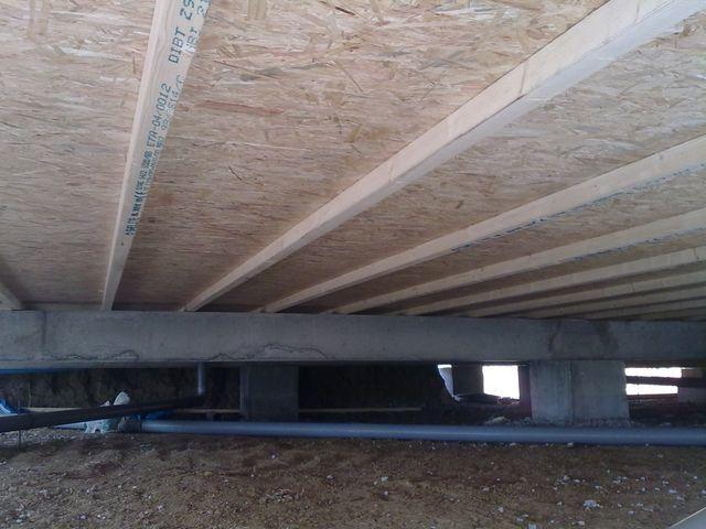 Le plancher bois, les murs, le toit, le bardage...