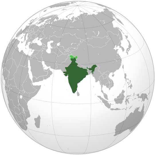 Un premier périple de 5 semaines en Inde du Nord à parcourir le Rajasthan, L'Uttar Praddesh, de New Delhi à Bénarès (Varanessi), pour terminer au pied ou face à la chaîne de l'Himalaya.