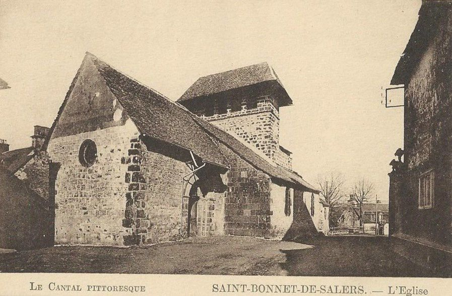 Clichés divers de Saint-Bonnet-de-Salers, anciennes cartes postales, photos diverses.