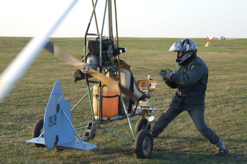 La journée Portes ouvertes du 26 septembre 2009 à l'Aéroclub Angérien et le rassemblement des constructeurs amateurs du 27 septembre 2009 à Saint-Jean-d'Angély (17400)