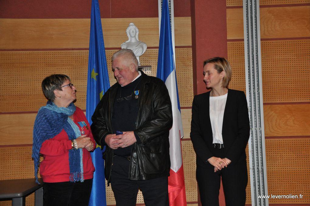 Remise des médailles de la Jeunesse et des sports à Evreux le 6 février 2015