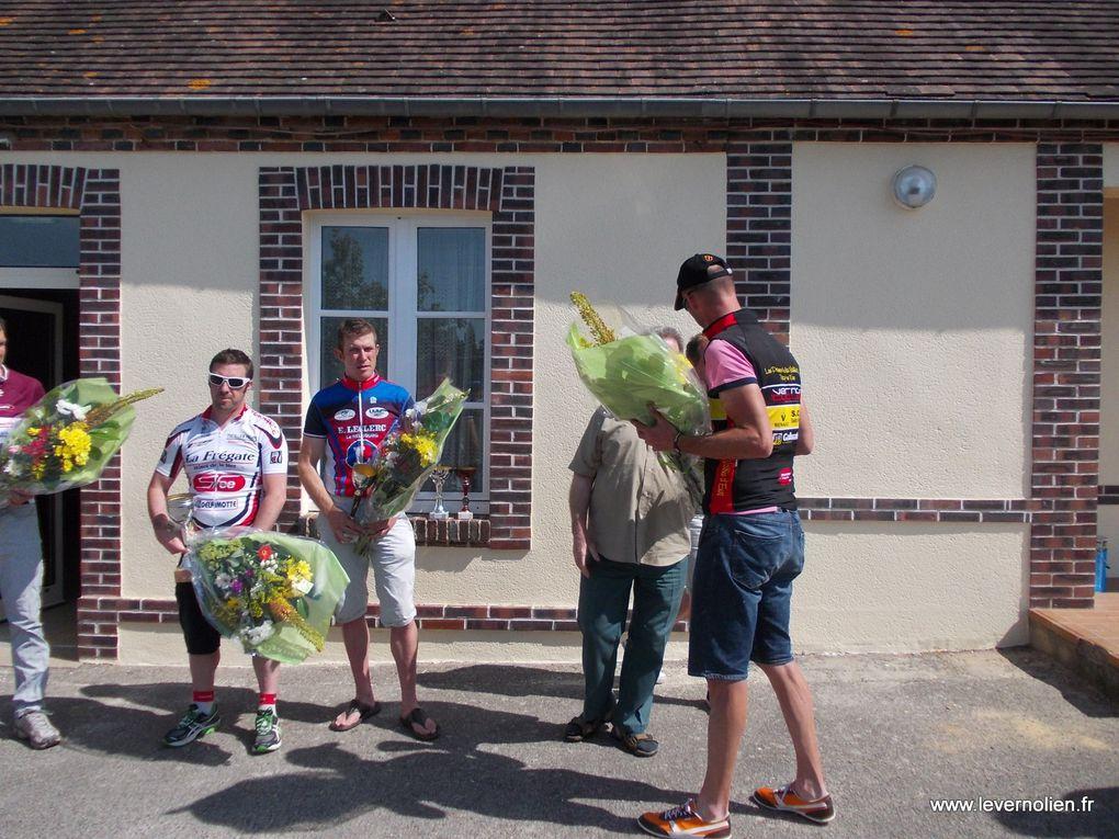 Course FFC a St Nicolas d'Attez le 14 Juillet 2013
