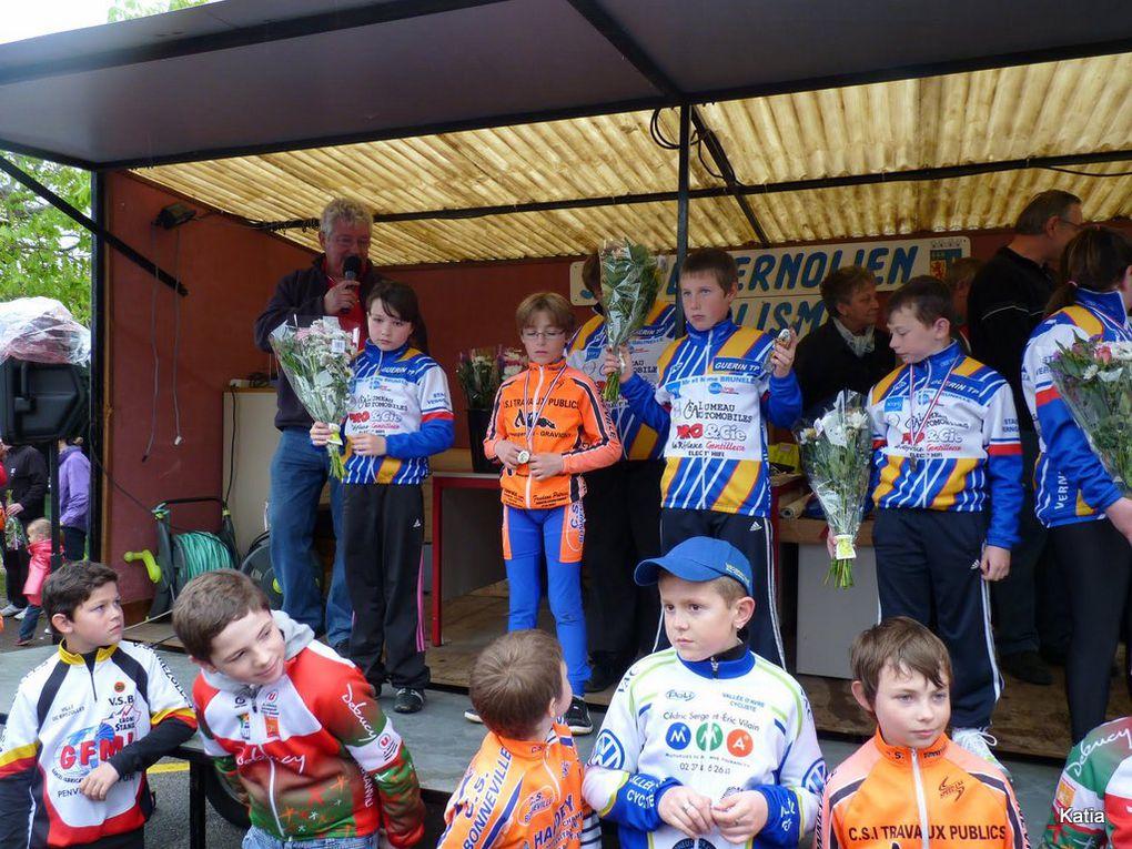 ecole de cyclisme aux baux de Breteuil
