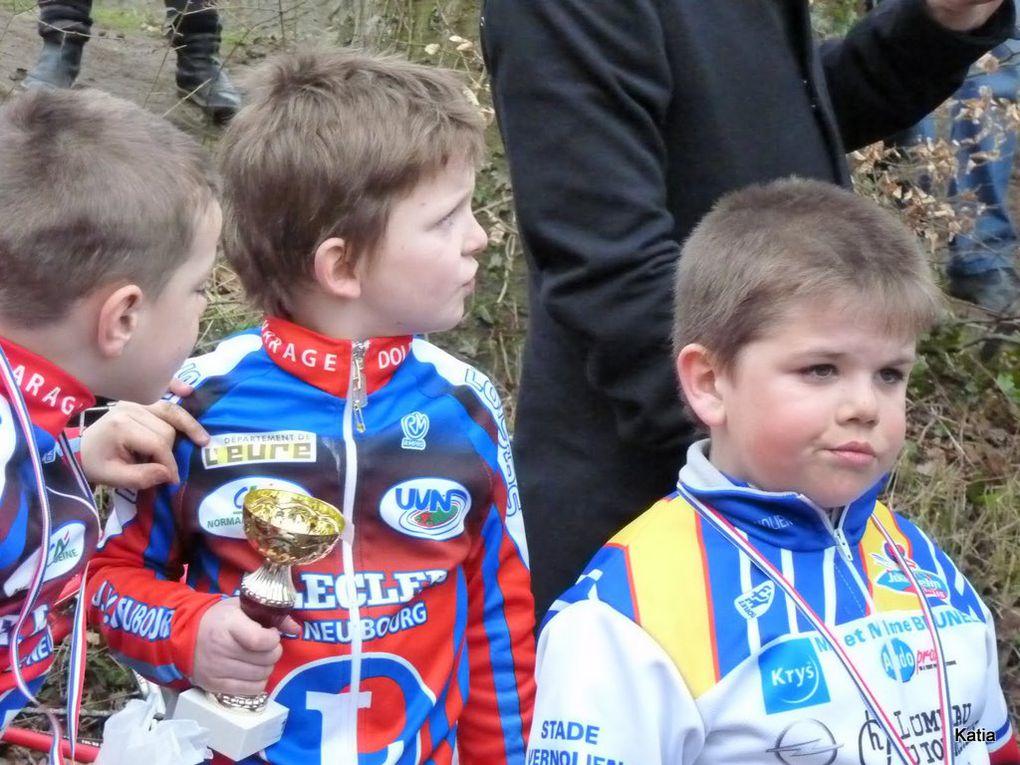 Ecole de cyclisme à Pacy sur Eure le 10 mars 2012