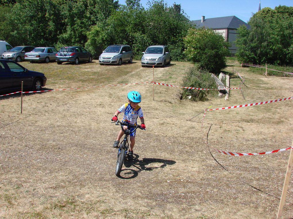 Ecole de cyclisme à Le Fidelaire et le Neubourg