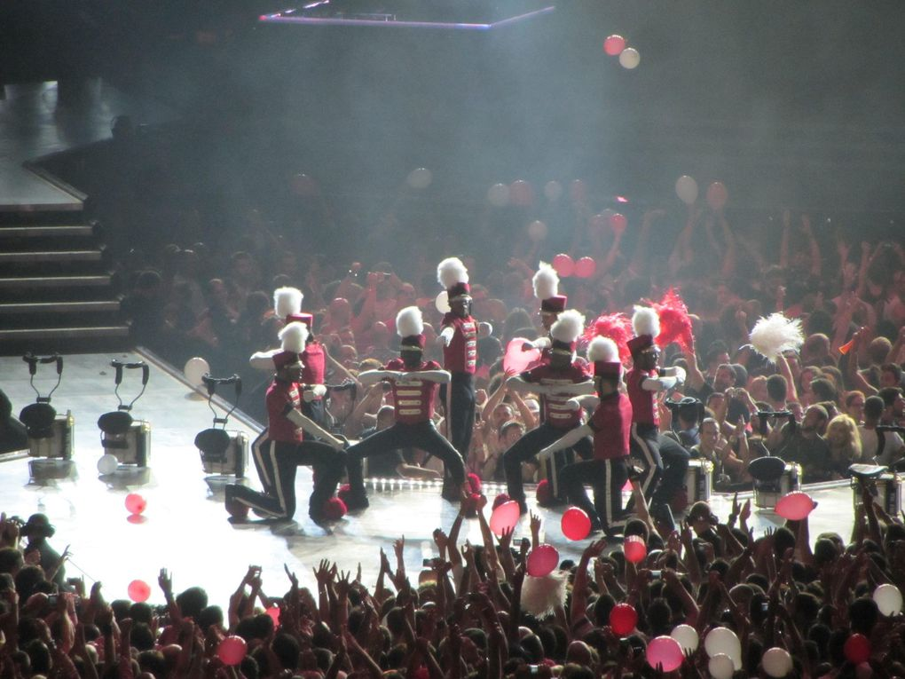 Photos by Ultimate Concert Experience from Palau Sant Jordi in Barcelona, Spain - June 20, 2012.