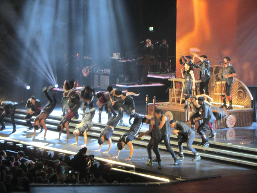 Photos by Ultimate Concert Experience from Ziggo Dome in Amsterdam, Netherlands - July 08, 2012.