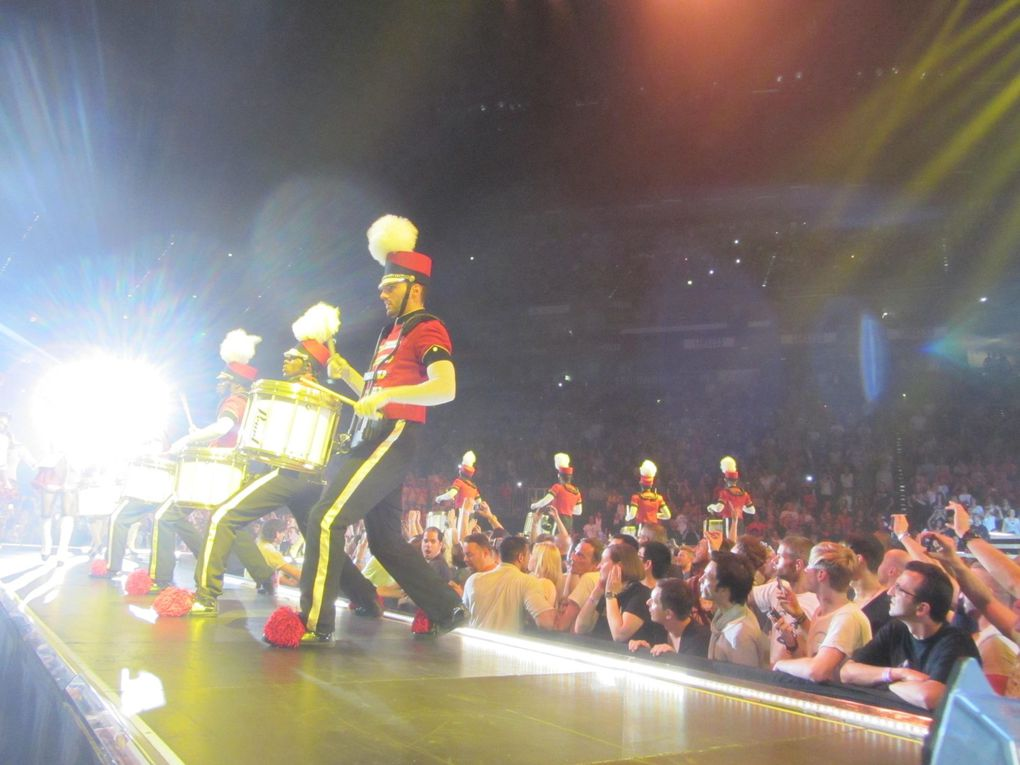 Photos by Ultimate Concert Experience from LANXESS Arena in Cologne, Germany - July 10, 2012.