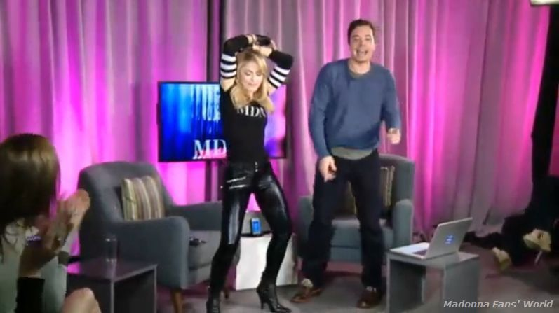 Album - Madonna Live Facebook Q&amp&#x3B;A chat moderated by Jimmy Fallon on March 24, 2012