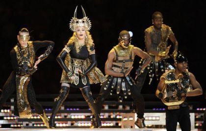 Guests list: LMFAO, Nicky Minaj, M.I.A, Cee Lo Green.