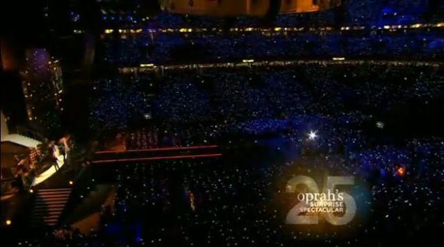Madonna at Oprah Winfrey's Final Show - May 17, 2011
