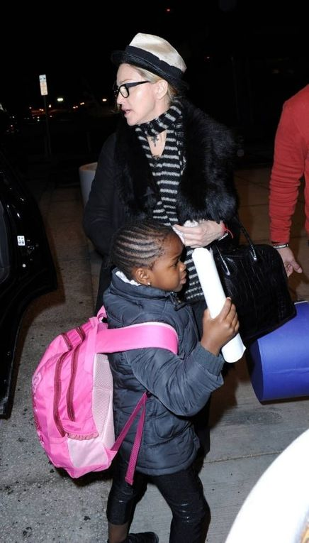 Madonna leaving New York for London - April 2, 2011