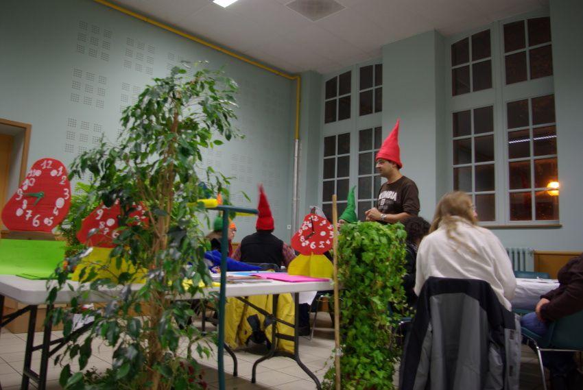 """Dans le cadre du festival """"Grenade... Pavée de Légendes"""", édition 2009, les jeux familiaux, notamment """"Nains & Jardins"""""""