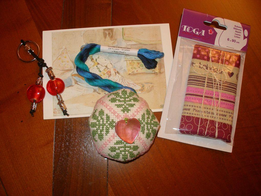 Album regroupant les photos de l'échange de biscornus que j'ai organisé en février 2010