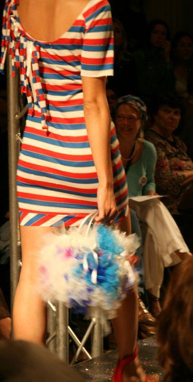 Défilé de mode en Arles à la Chapelle Ste Anne, avec présentation des Sac'foliSe