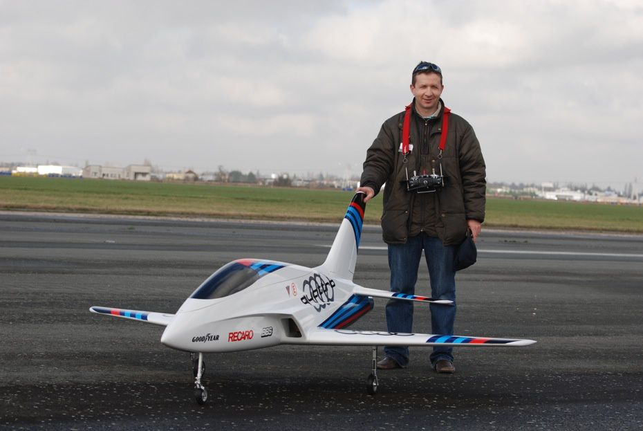 Wind span: 2500mm