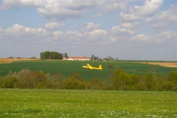 envergure 4.5 mpoids 14 kgréacteur JETCAT P70 SE1 er vol avril 08