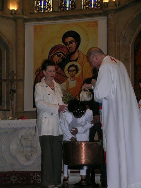 Eglise Notre Dame de Thionville, 9 mars 2008Messe dominicale des familles Voir article 9 mars 2008 en Vie Paroissiale
