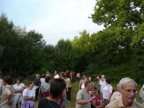 Dans le cadre des balades de l'été organisées par la CdC du Val d'Huisne, une balade autour du village de Mâle, à la rencontre du patrimoine bâti et paysager... un très bon moment !