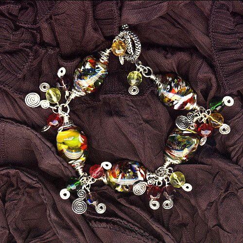 berets crees par des jeunes creatrices modeles uniques de mitaine segalement leur site http://arh.wifeo.com/