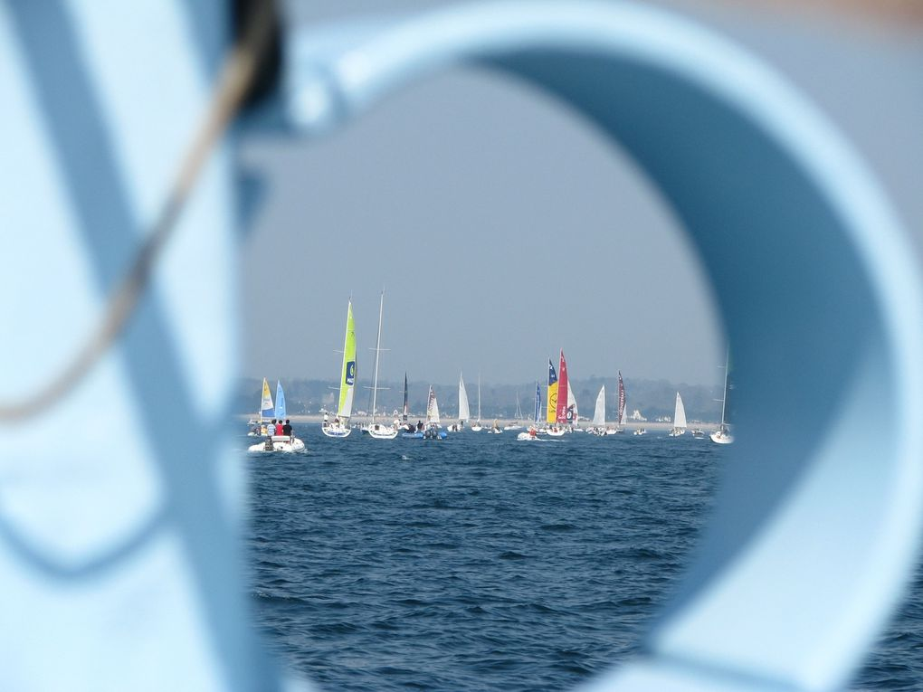 Album de soutien à Miguel DANET et Damien CLOAREC sur le bateau de CONCARNEAU St. BARTH