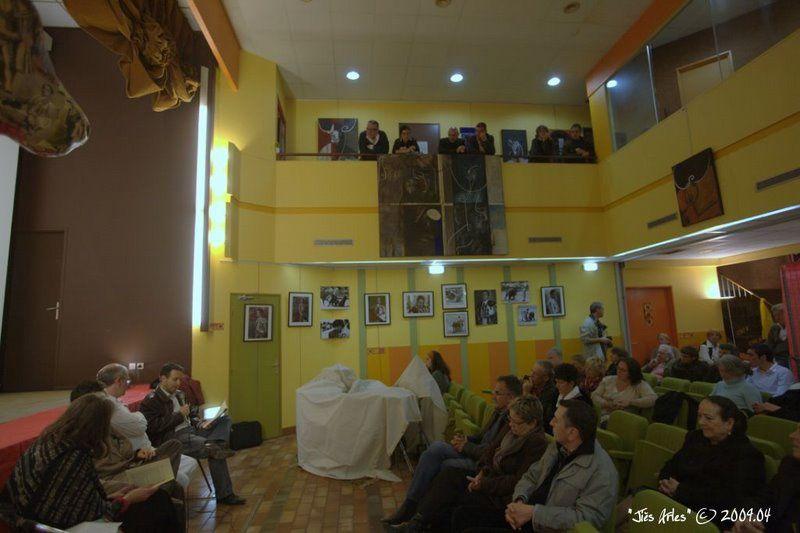 L'exposition des artistes et quelques vues des rencontres en sortie d'arènes