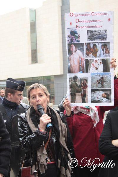 Rassemblement contre l'intégration d'Israël dans l'OCDE à ParisUn rassemblement contre l'intégration d'Israël dans l'OCDE (Organisation de coopération et de développement économique) a eu lieu à Paris, le 10 mai.Organisé par le Collectif
