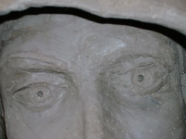 Atelier sculpture adultes d'Evreux, modelage, taille de pierre, emaux.