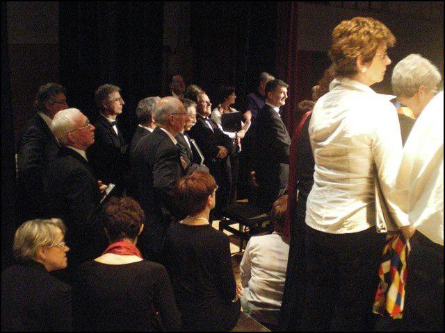 Rassemblement chorale à Lencloître les 19 et 20 mars 2011Photo : Jean-Gabriel Pasquinet(prix des photos jean-gabriel A6 15x15 1 €  - A5 13x18 1.50 €   -  A4 21x29 3.50 €  -   A3 29x42 11. €)