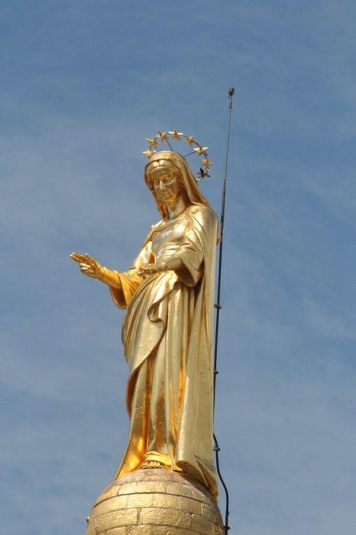 palais des papes  le pont d avignon et ces monuments
