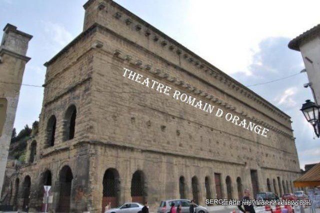ville romaine son theatre