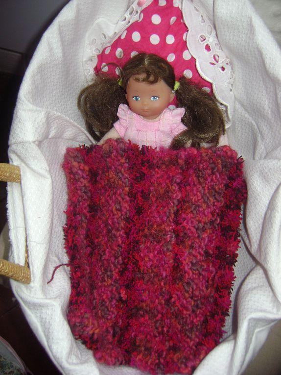 Mes premiers essais en tricot.... Mieux vaut en rire!