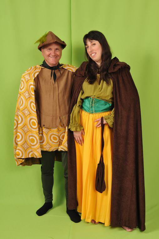 Plus de 350 costumes de toutes tailles.(collection pour invités)